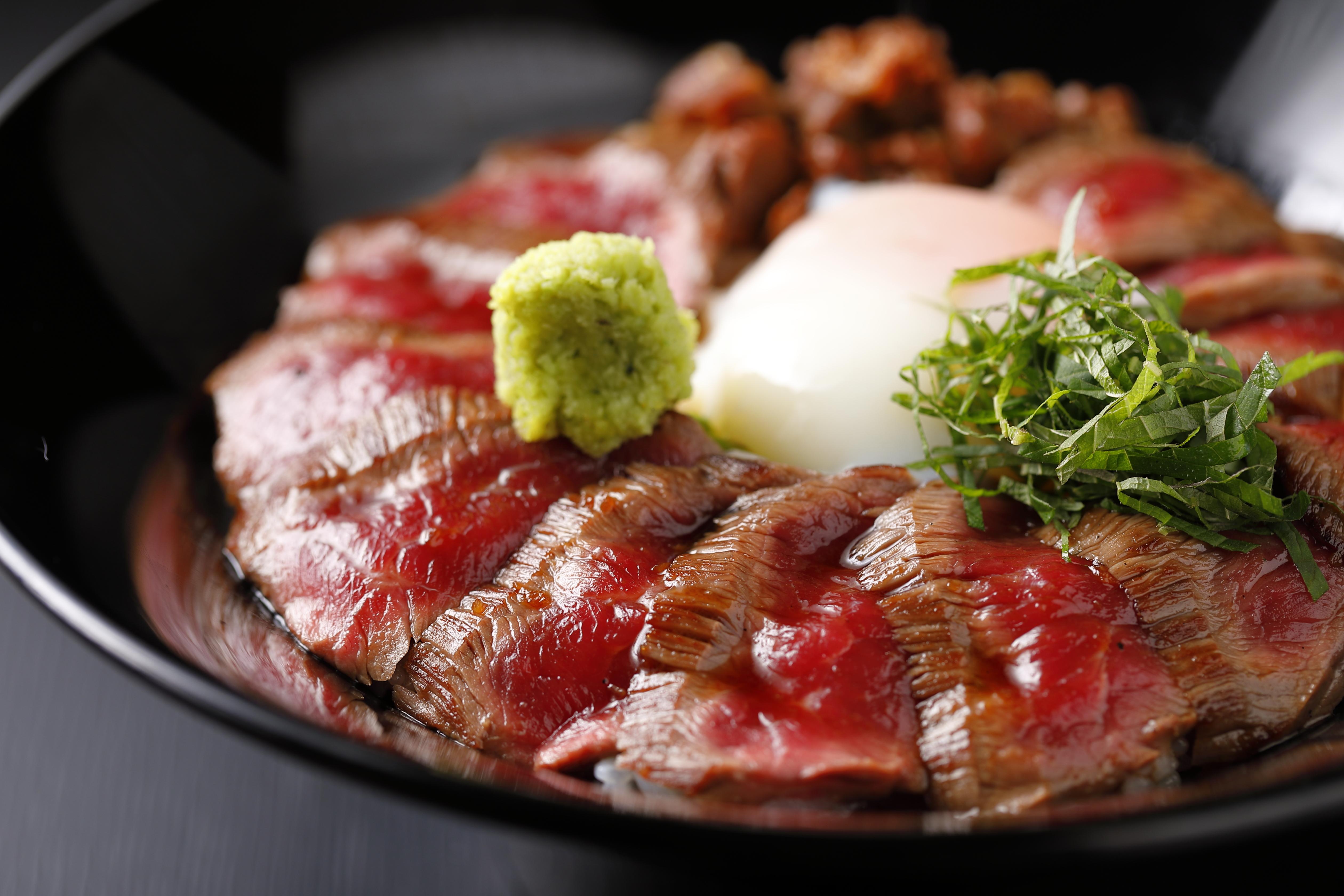 お店で食べる_あか牛Dining yoka-yoka KITTE博多店